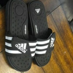 Adidas sandles